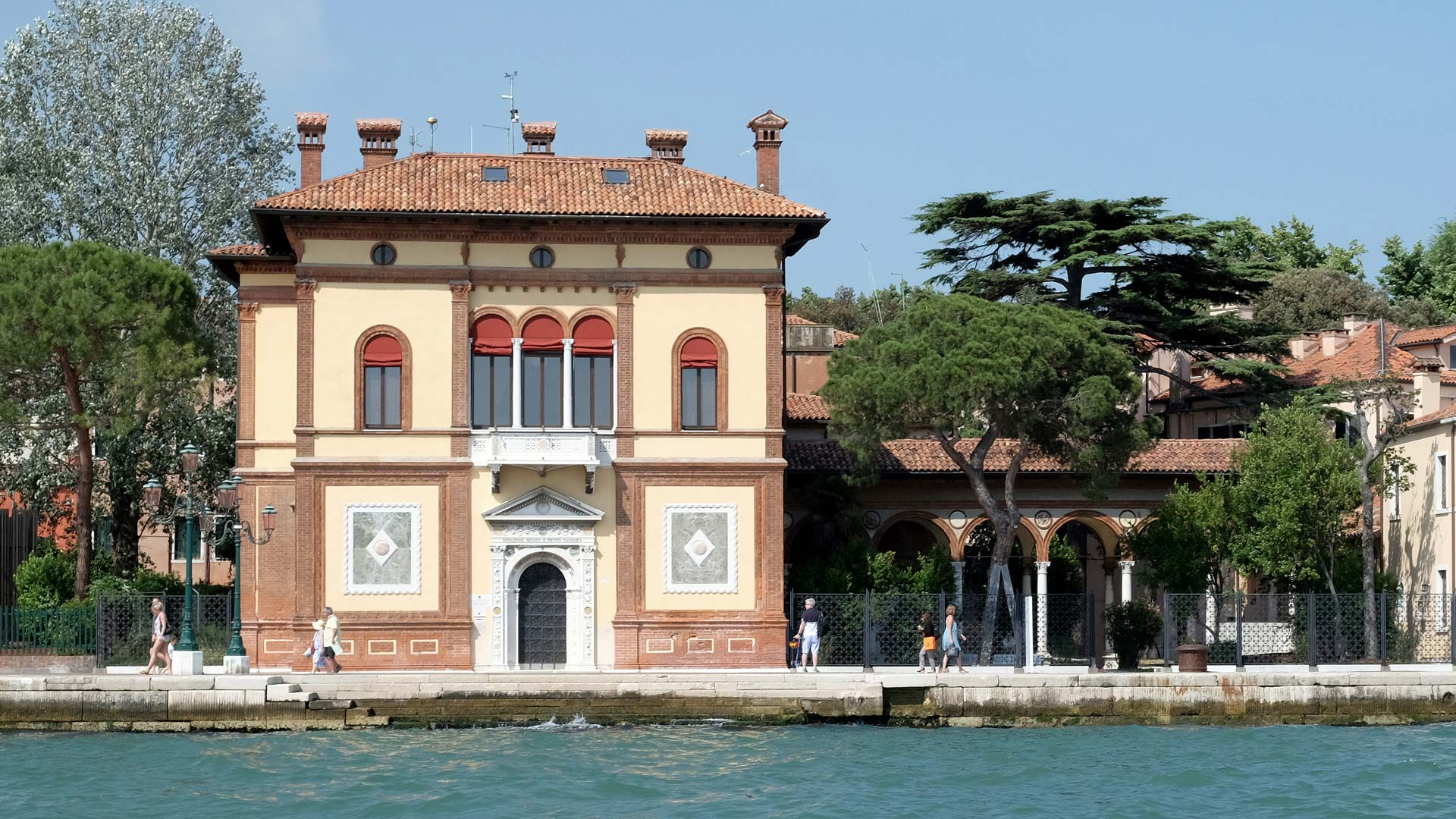 front façade of the Palazzina Canonica located on the Riva dei Sette Martiri